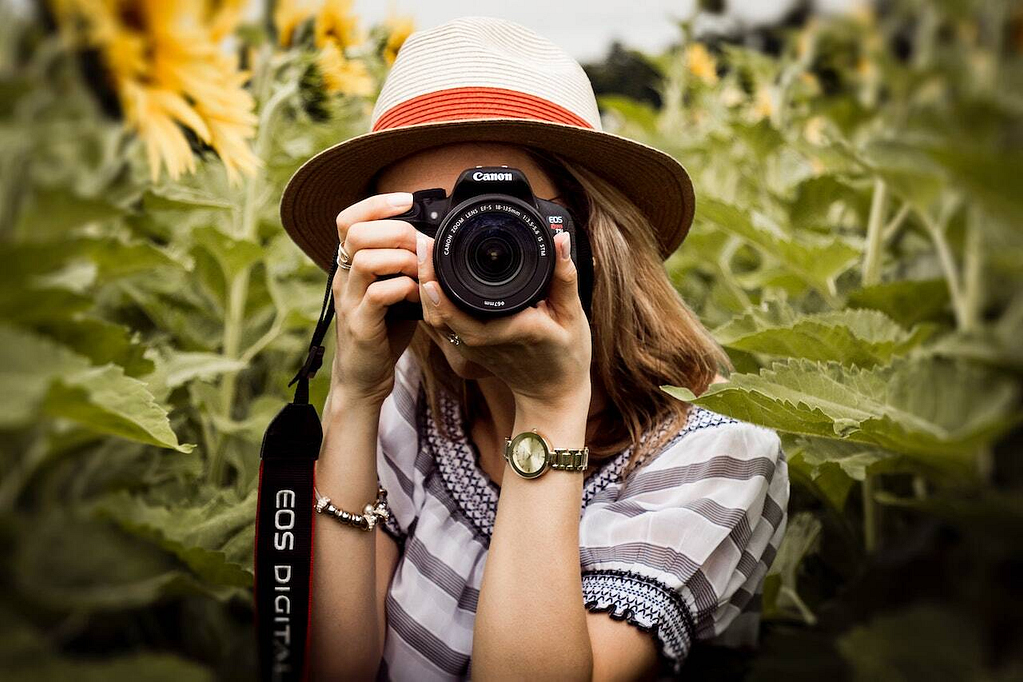 Ask permission while doing Candid Photography