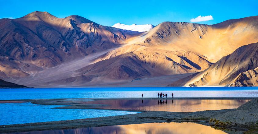 Pangong Lake – Ladakh